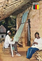 CAMEROUN---artisan---voir  2 Scans - Cameroon