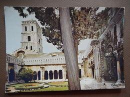 13 - ARLES - SAINT TROPHIME - TIMBREE 1971  - R13603 - Arles
