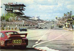 24 Heures Du Mans 1977 -  Vu Du Virage Ford - George Loos Porsche 935 - Pilotes: Hezemans/Heyer - CP - Le Mans