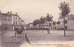 (38)   LESPARRE - Place Du Marché - Lesparre Medoc
