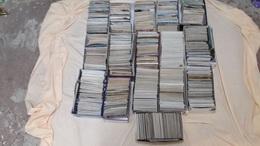 Lot De 16 Boîtes Tous Pays (France Principalement), Toutes époques. Environs 20 à 30% De CAP - Cartes Postales