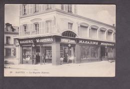 Mantes.78.Yvelines. Les Magasins Modernes . Entree Libre . Animation Patrons Et Personnel . - Mestieri