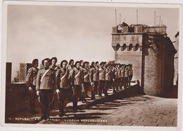 Cpa,républica Di San Marino,saint Marin,garde Républicaine,tenue Militaire,au Chateau - Saint-Marin