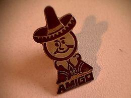 """Pin's """" Amigo """" - Marques"""