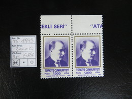 "1993  "" Freimarke Atatürk ""  5000 Lira Im Pärchen Aus Bogenrand K14,   LOT 687 - 1921-... Republik"
