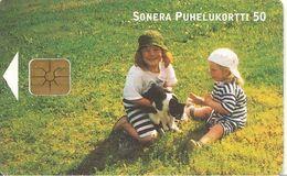 CARTE-PUCE -FINLANDE-GEM-02/2001-50-ENFANTS Et Le CHAT-30000ex-TBE - Finlande