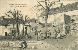 Béthisy-Saint-Martin. Ancienne Place Du Marché - France