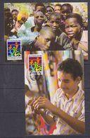 UNO Vienna 1985 Refugees 2v 2 Maxicards (37955) - Maximumkaarten