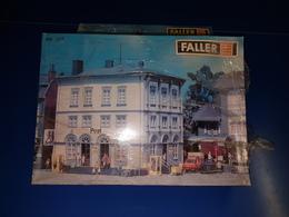 BUREAU POSTE FALLER / 1 Grande Boite HO Valeur + De 60.00 Euros Vente 12.00 Euros - Scenery