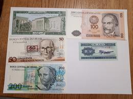 Lot De 12 Billets Du Monde - Coins & Banknotes