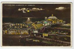 Gt. Yarmouth * Britannia Pier, Illuminated - Great Yarmouth