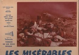 CARTON ANNONCE CINEMA AVEC PHOTO- FILM LES MISERABLES AVEC JEAN GABIN ET BOURVIL -ANNEE 1957 - Célébrités