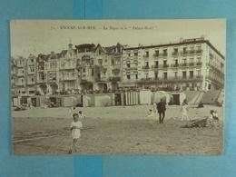 Knocke-sur-Mer La Digue Et Place Hotel - Knokke