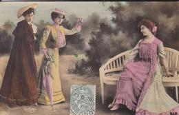 FEMMES ARTISTES--REUTHINGER  1297 -( Robes Longue )--voir  2 Scans - Femmes