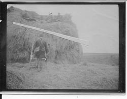 1914 Bataille De La Marne Soldats Français Installés Sur Une Meule De Foin Buvant Du Champagne 1 Photo Ww1 1914-1918 1wk - War, Military