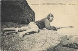 29. BRIGNOGAN.   LE GUETTEUR D EPAVES DANS LES BRISANTS DE KERLOUAN - Brignogan-Plage