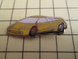 Pin316c Pin's Pins / Rare Et De Belle Qualité / AUTOMOBILES : LAMBORHIGINI JAUNE Directeur De La Poste ? - Ferrari