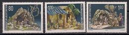 2000  Liechtenstein   Mi. 1249-51 **MNH  Weihnachten: Krippen - Unused Stamps