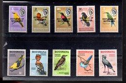 BOTSWANA 153/157 +171/175** SUR LES DEBUTS DE 2 SERIES D OISEAUX - Botswana (1966-...)