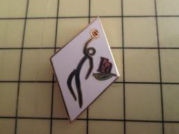 Pin411b Pin's Pins / Rare Et De Belle Qualité /  SPORTS : BASKET-BALL FA - Basketball