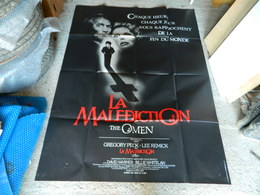 "AFFICHE CINEMA ""LA MALEDICTION"" THE OMEN AVEC GREGORY PECK . LEE REMICK - Manifesti"