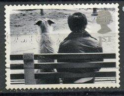 Great Britain 2001 1 StDog On Park Bench Issue  #1953 - 1952-.... (Elizabeth II)