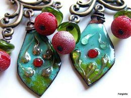 Boucles D'oreilles Turquoise Rouge Cerise Vert émaux Sur Cuivre Quartz Titane Verre Chandelier  Un Merveilleux Travail A - Earrings