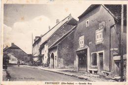 Cpa Fretigney - Grande Rue - Boutique Tissus Confections - Other Municipalities