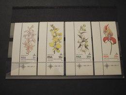 SUD AFRICA - RSA - 1981 FIORI 4 VALORI  - NUOVI(++) - Sud Africa (1961-...)