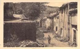 12 - CAMARES : Une Rue De La Ville Haute - CPA - Aveyron - France