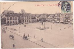 CPA -  7. BEAUVAIS Place De L'hôtel De Ville - Beauvais