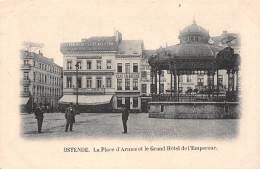 OSTENDE - La Place D'Armes Et Le Grand Hôtel De L'Empereur - Oostende