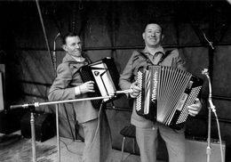 56 - Languidic - Fete à Kergohane - Pierre Guillevic Et André Rouzic - Accordeon - Edition Kervinio - Musik Und Musikanten