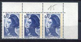 RC 7992 FRANCE 2240a - 0,70 VARIÉTÉ DE DOUBLE FRAPPE AU MILIEU D'UNE BANDE DE 3 COTE 20€ NEUF ** - 1982-90 Liberty Of Gandon