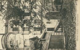 69 COURS / Une Habitation / - France