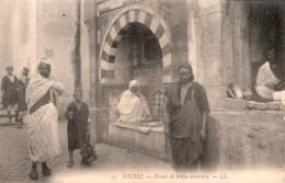 TUNISIE SOUSSE DISEUR DE BONNE AVENTURE PAS CIRCULEE - Tunisia