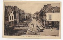 AMIENS - N° 16 - RUE DES MAJOTS AVEC PERSONNAGES - CPA NON VOYAGEE - Amiens