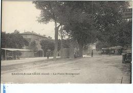 Gard : Bagnols Sur Cèze, La Place Bourgneuf - Bagnols-sur-Cèze