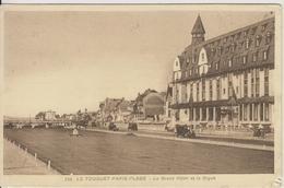 D62 - LE TOUQUET PARIS-PLAGE - LE GRAND HOTEL ET LA DIGUE (VEHICULES ANCIENS) - Le Touquet