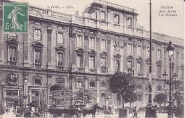 CPA - LYON - 150. Palais Des Arts, Le Musée - Lyon