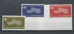 158/160 Non Dentelés Batiment O.M.S. De 1966 - Rwanda