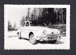 Photo Originale Automobile Voiture Renault Dauphine Immatriculée Dans Les Vosges - Automobiles