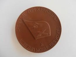 Alles Zum Wohle Des Volkes Das Beste Zum X. Parteitag - Germania