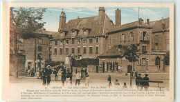 18791 - SEDAN - LES GROS CHIENS / RUE DU MENIL - Sedan