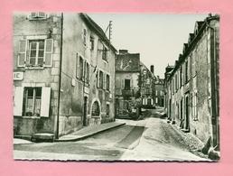 36 - INDRE - SAINT / ST BENOIT DU SAULT Prés SAINT GAULTIER - UNE VIEILLE RUE - France