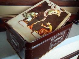 Scatola Vintage Di Latta GROPPO-SOAP Con Timbro Interno Del 1919,misure 20×13×7 Cm.circa,affrancatura In Centesimi P.I.- - Publicidad