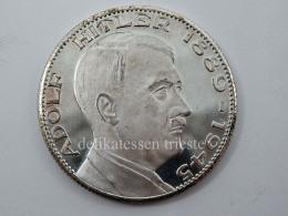 ADOLF HITLER 1889 1945 Vecchia Medaglia Commemorativa Medal - 1939-45