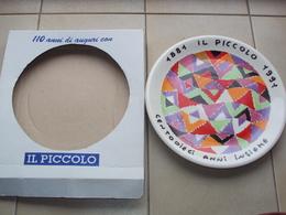 ITALIA PIATTO RICORDO DEL QUOTIDIANO IL PICCOLO DI TRIESTE FIRMATO MISSONI - Obj. 'Herinnering Van'