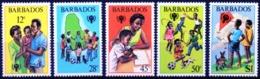 BARBADOS 1979 International Year Of The Child Dog Fauna MNH - Barbados (1966-...)