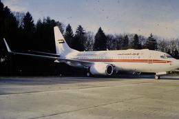 DIAPOSITIVA  SLIDE  AEREO Boeing 737 UNITED ARAB EMIRATES  A ZURIGO - Diapositives (slides)